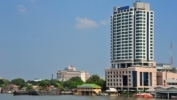 Education Building, Kuakarun College of Nursing, Bangkok